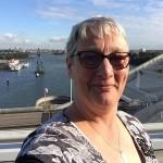 anjaluijendijk - Scheepsspotter en opvallend actief op Facebook vrouwaanboord